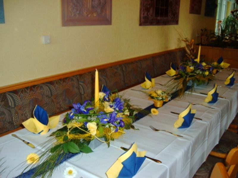 Konfirmation Raum Und Tischdek